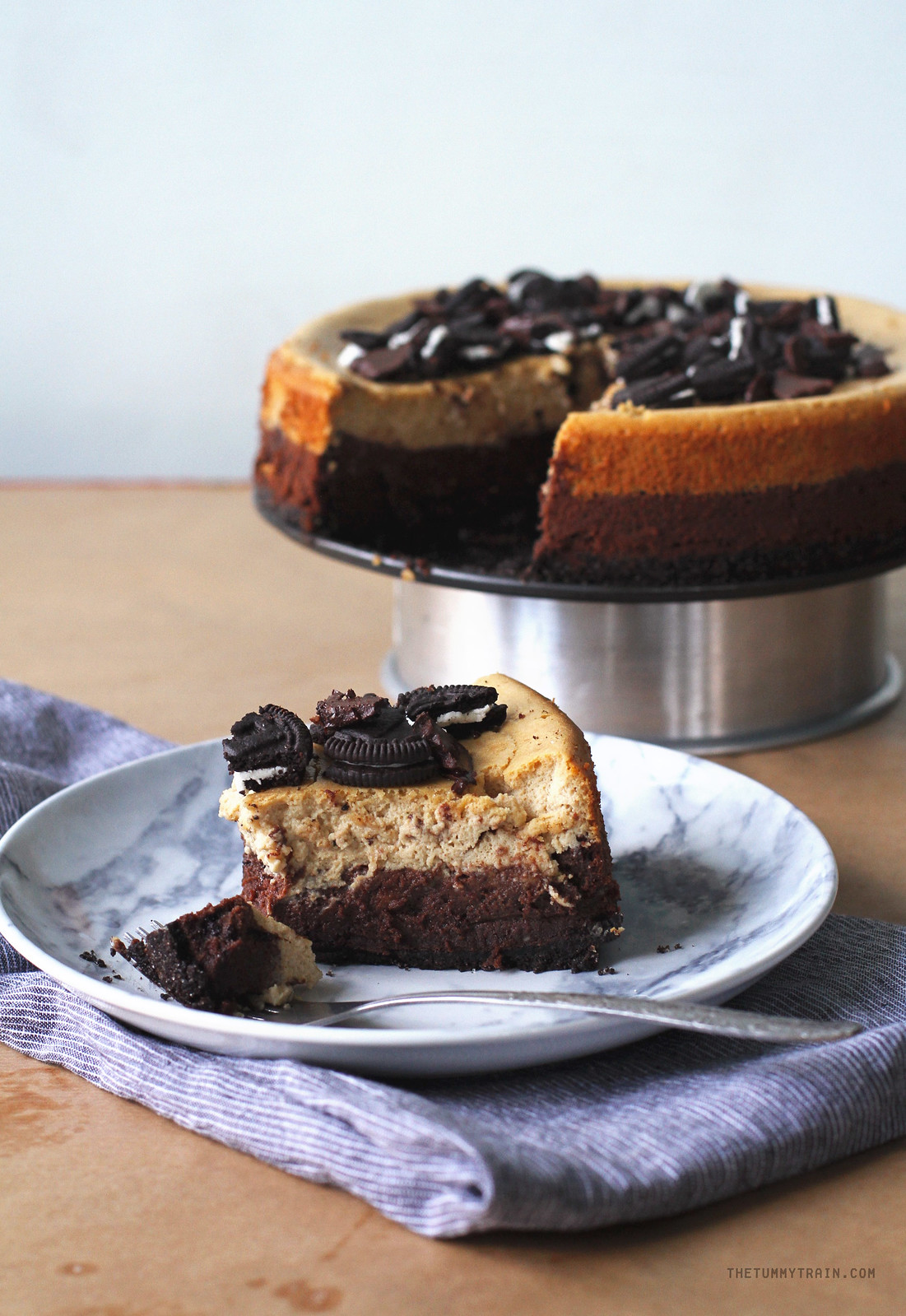 30595552750 6fc385c6c0 h - This Chocolate & Coffee Cheesecake is insanely good