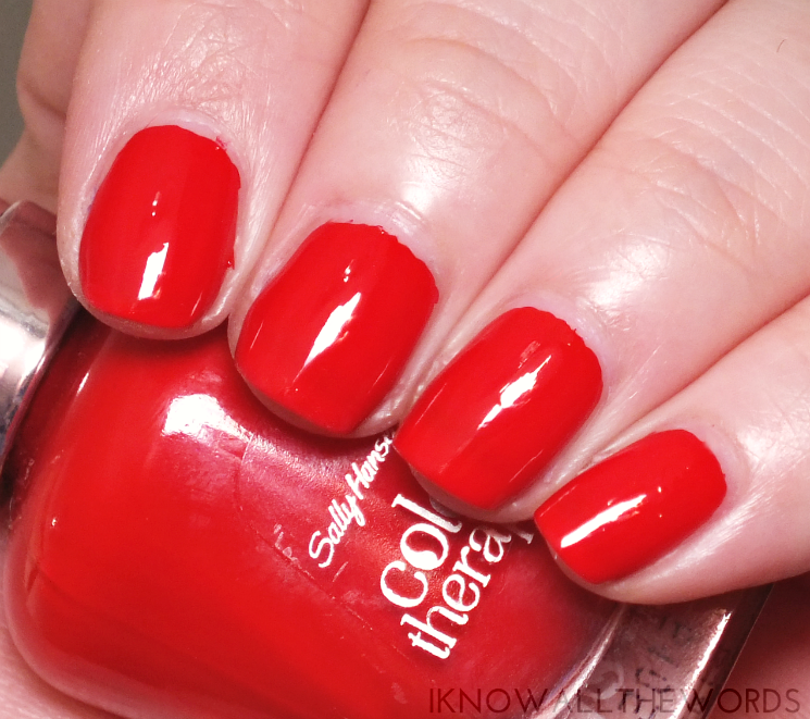 sally hansen colour therapy red-iance