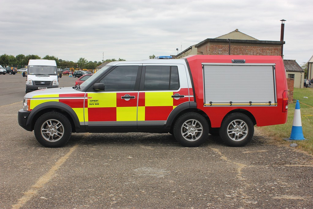 Supacat Suv Fire Fighting Vehicle At Raf Fairford R Flickr