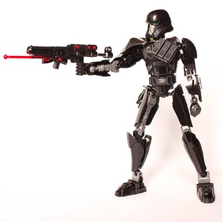 [Revue] Star Wars 75121 : Imperial Death Trooper 30155594881_c50a6df68e_n