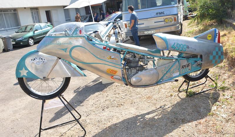 """Triumph 500 """" Les Triplettes de Bonneville """" 15142002899_2dedc51b0f_c"""
