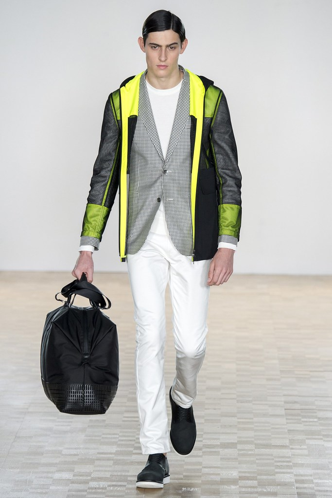 SS16 London Hardy Amies027_Rhys Pickering(VOGUE)