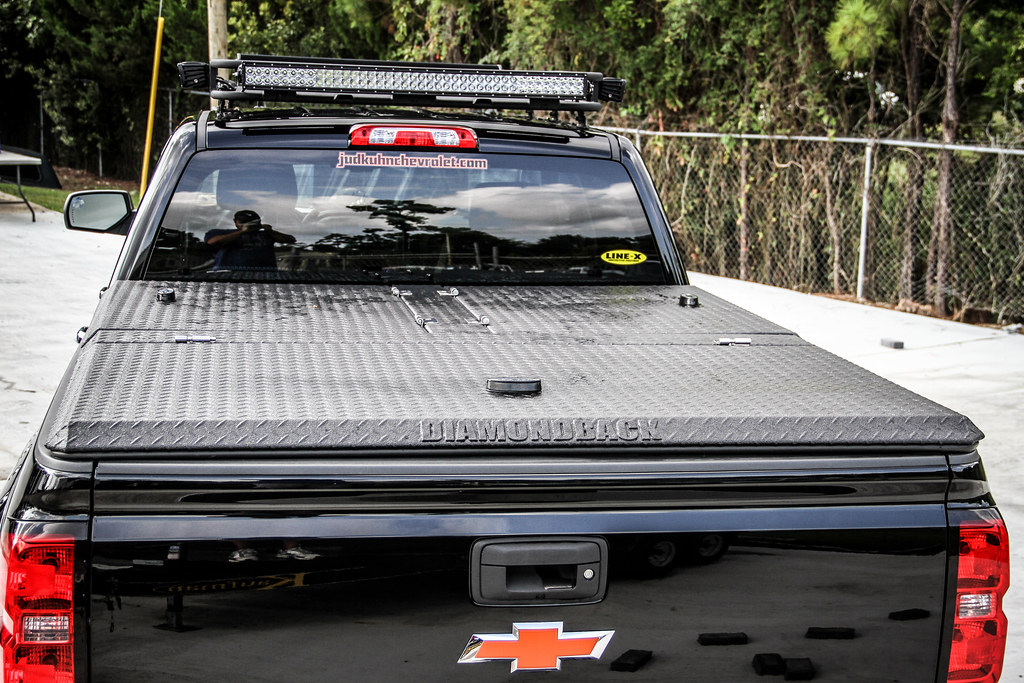 Silverado Hard Bed Cover