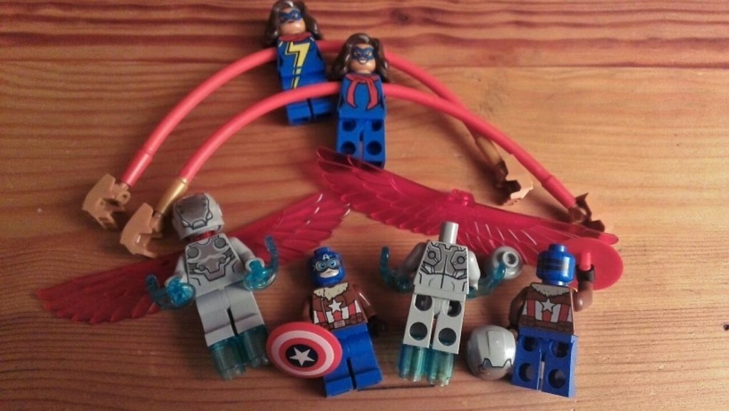 Lego 76076 Jet Pursuit Minifigures has a new Torso Mold ...