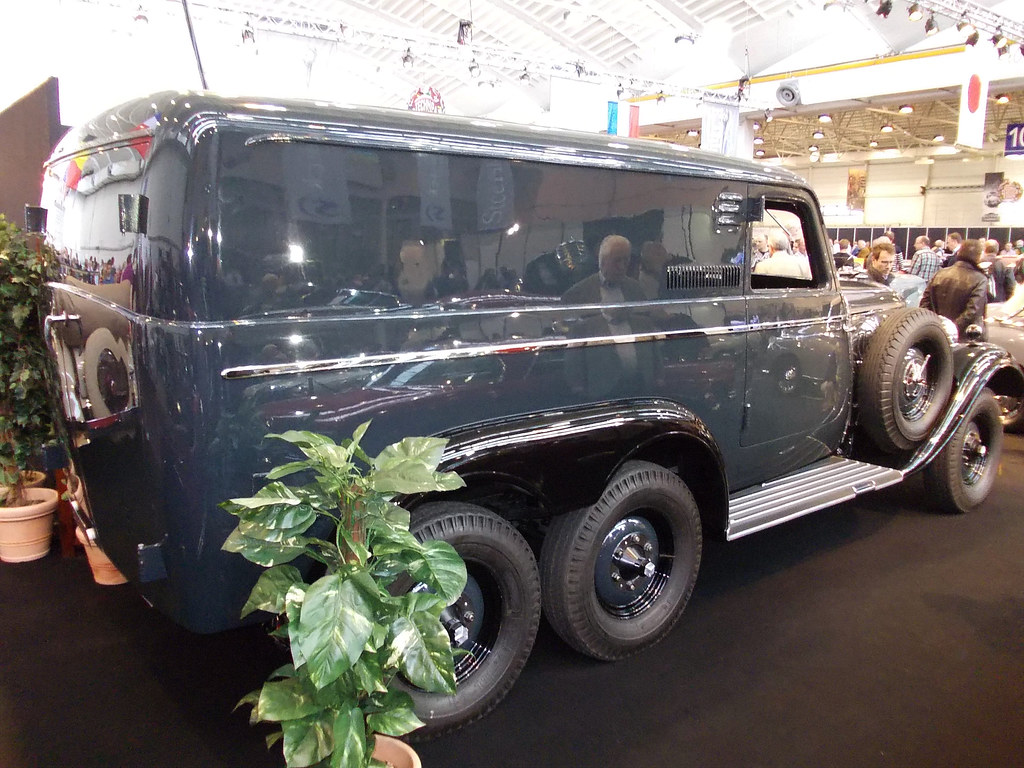 Mercedes benz g4 gep ckwagen 1939 techno classica essen for Mercedes benz g4