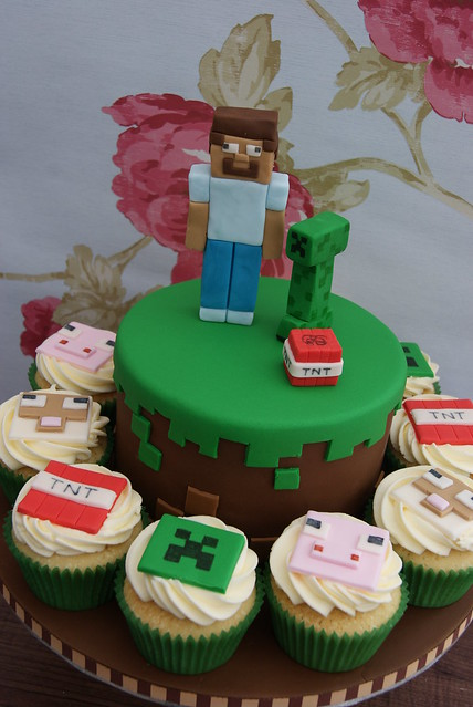 Minecraft Cake & Cupcakes | Flickr - Photo Sharing!