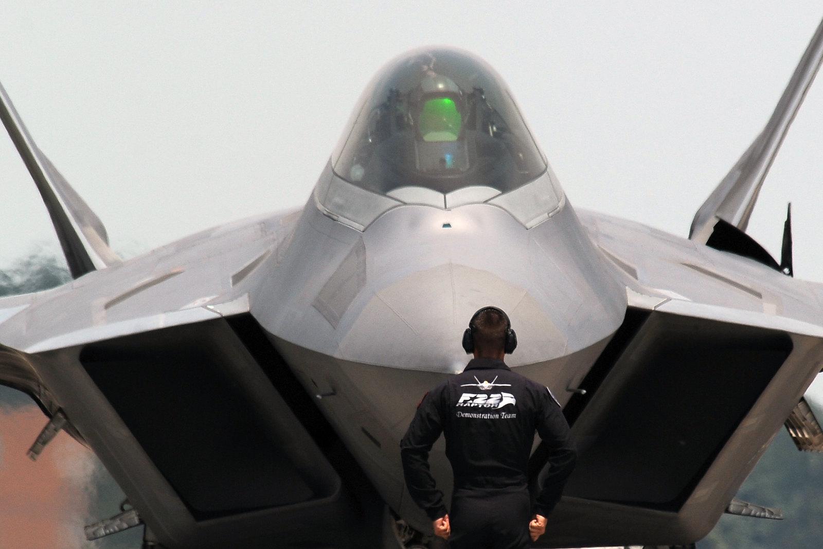 F-22 demo