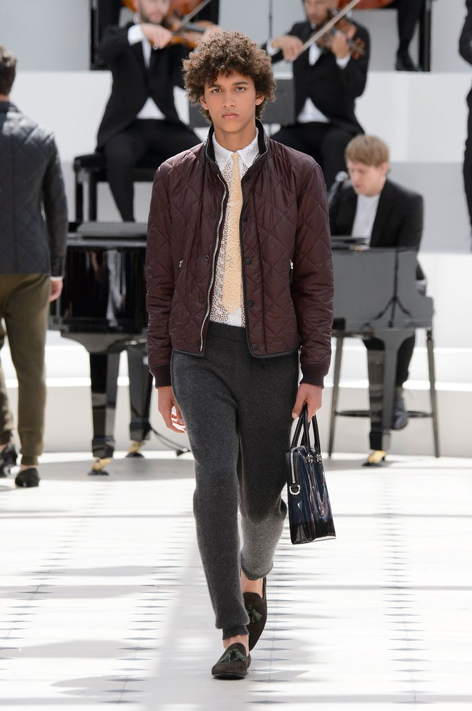 SS16 London Burberry Prorsum011_Jackson Hale(fashionising.com)