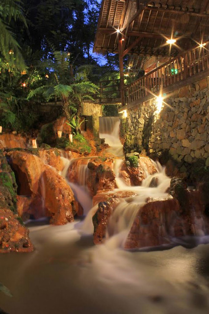 10 kampung daun waterfall via panoramio