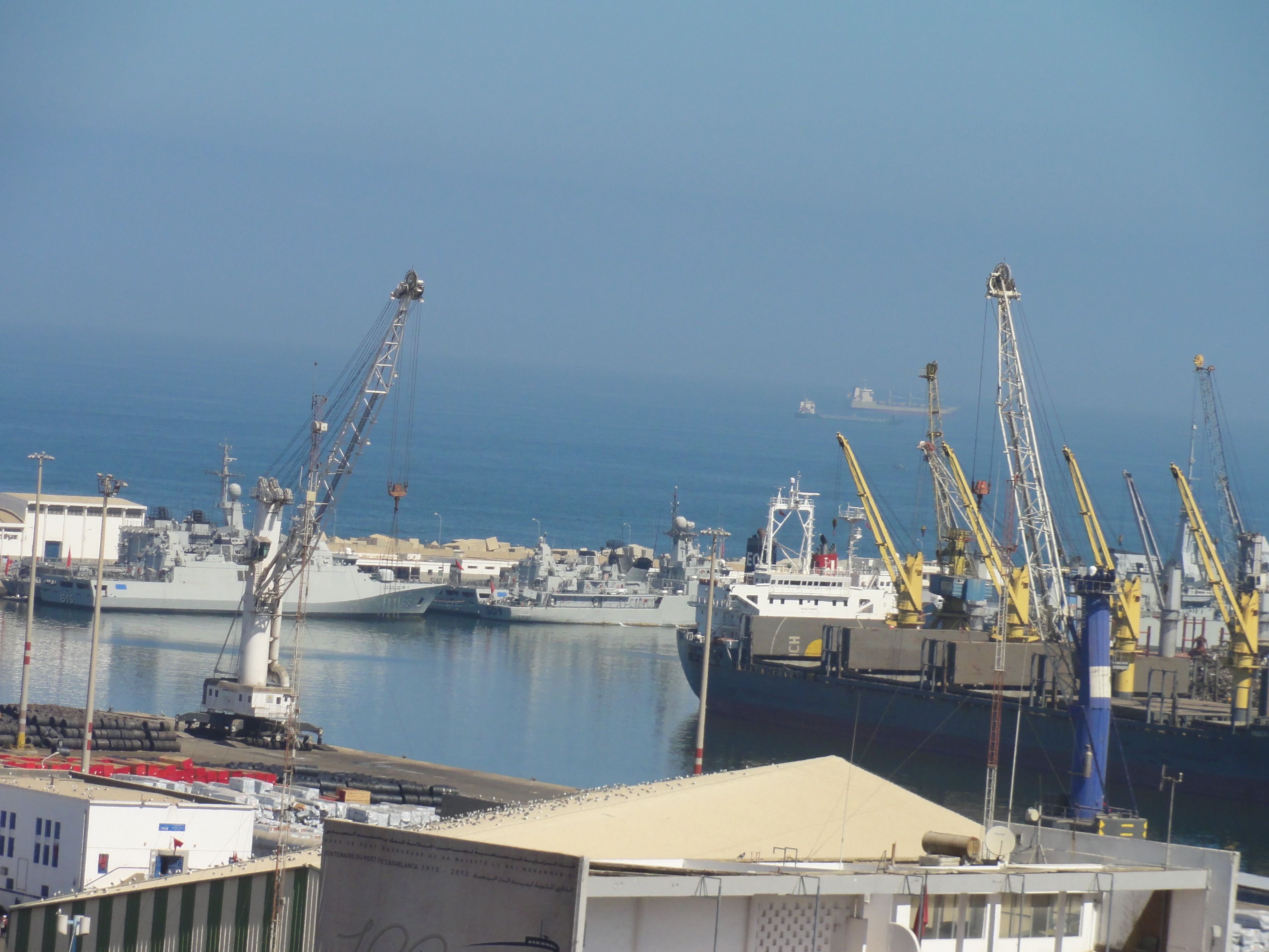 Bases et sites de la Marine Royale Marocaine - Page 2 30910652366_481830a6aa_o