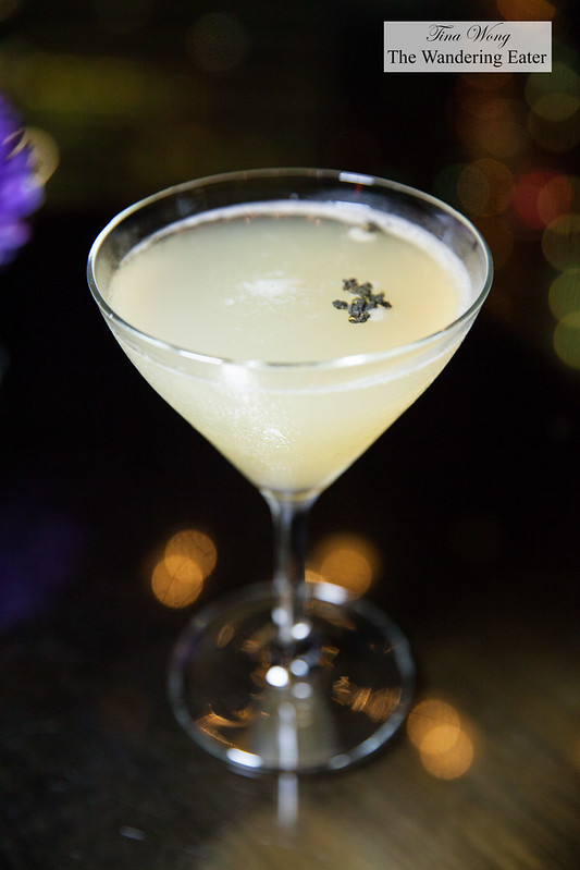 Oolong tea martini
