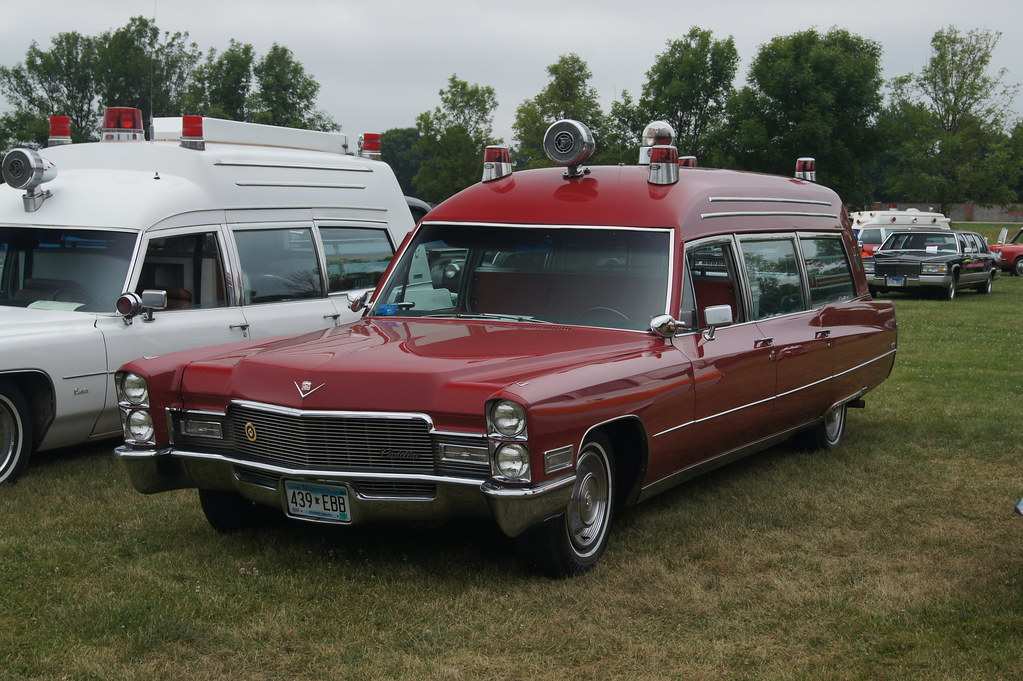 The New Cadillac >> 1968 Cadillac Miller-Meteor Classic 48 Ambulance