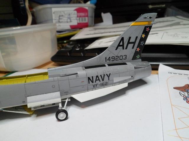 Pas-à-pas : Vought F-8E Crusader [Academy 1/72] - Page 2 31442220681_0727519709_o