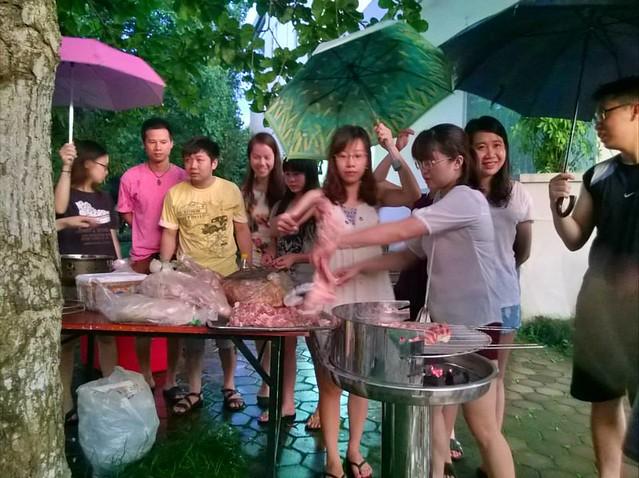 Cho thue bep nuong ngoai troi
