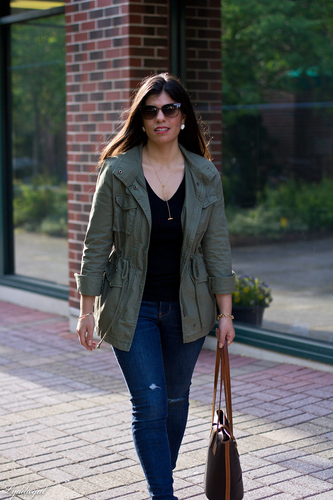 utility jacket, denim, leopard pumps black tee-4.jpg