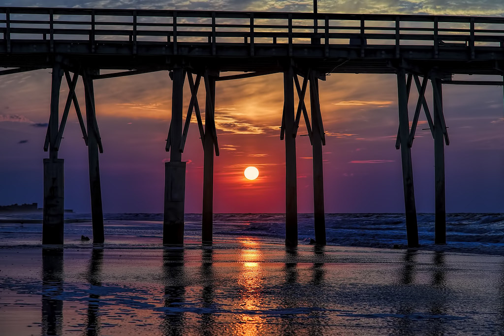 Topsail sunrise captured in north topsail beach nc for Seaview fishing pier