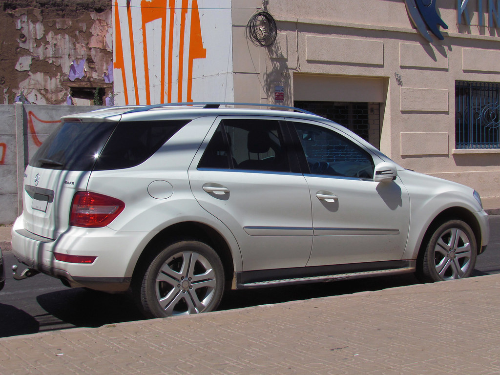 mercedes benz ml 350 cdi 4matic sport 2011 rl gnzlz flickr. Black Bedroom Furniture Sets. Home Design Ideas