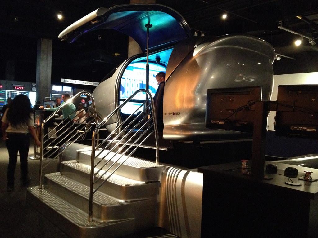 space shuttle endeavour simulator ride - photo #5