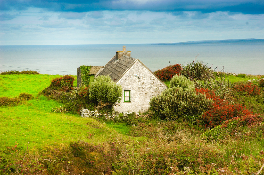 Irish Cottage By The Sea Cois Faraige With A Little