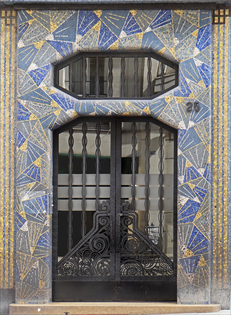 La maison bleue art d co angers une porte d 39 entr e for Decoration maison art deco