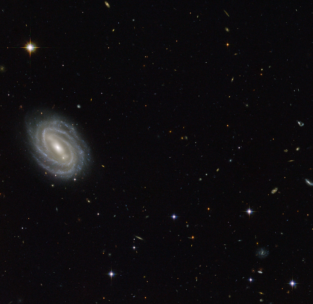 Hubble Sees Spiral in Serpens | This new NASA/ESA Hubble ...