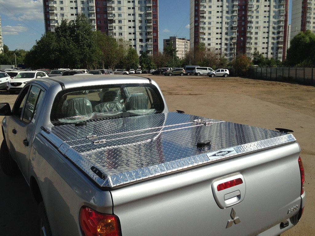 Black Canopy Beds Diamond Plate Aluminum Truck Bed Cover On Mitsubishi L200