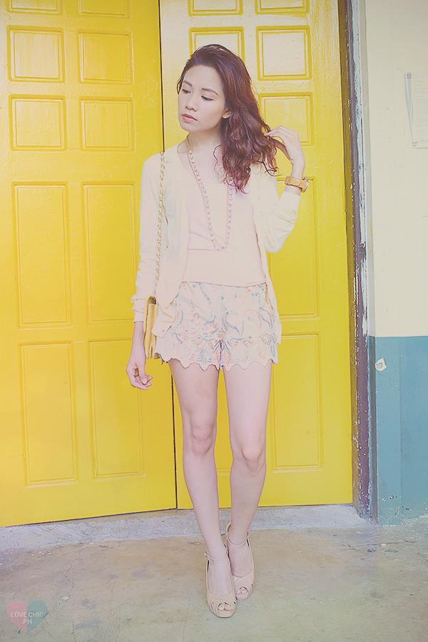Casual Chic Fashion Blogger