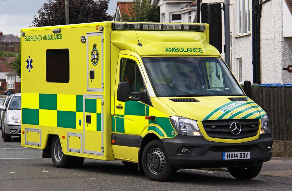 UK Specialist Ambulance Service Facelift Mercedes Sprinter ...