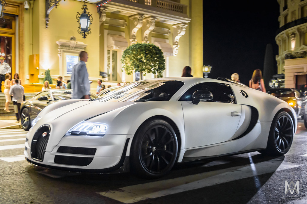 Bugatti Veyron Matte White Veyron In Front Of The Monte