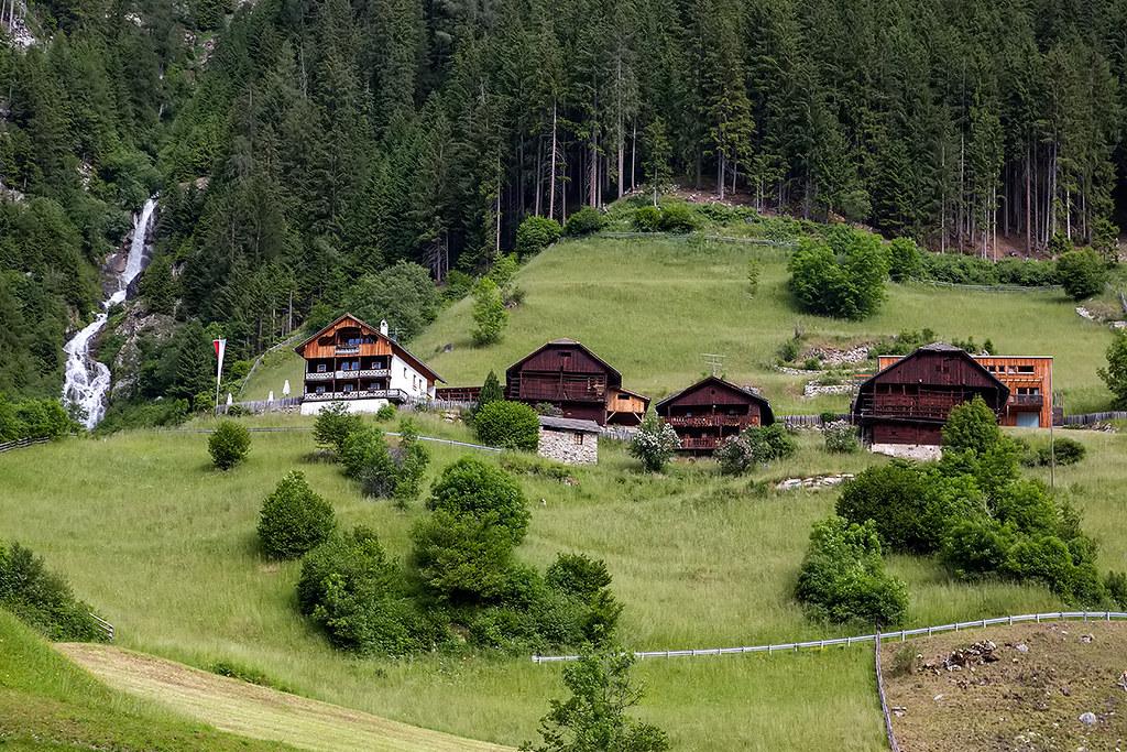 Living In The Mountains living in the mountains of the austrian/italian border. | flickr