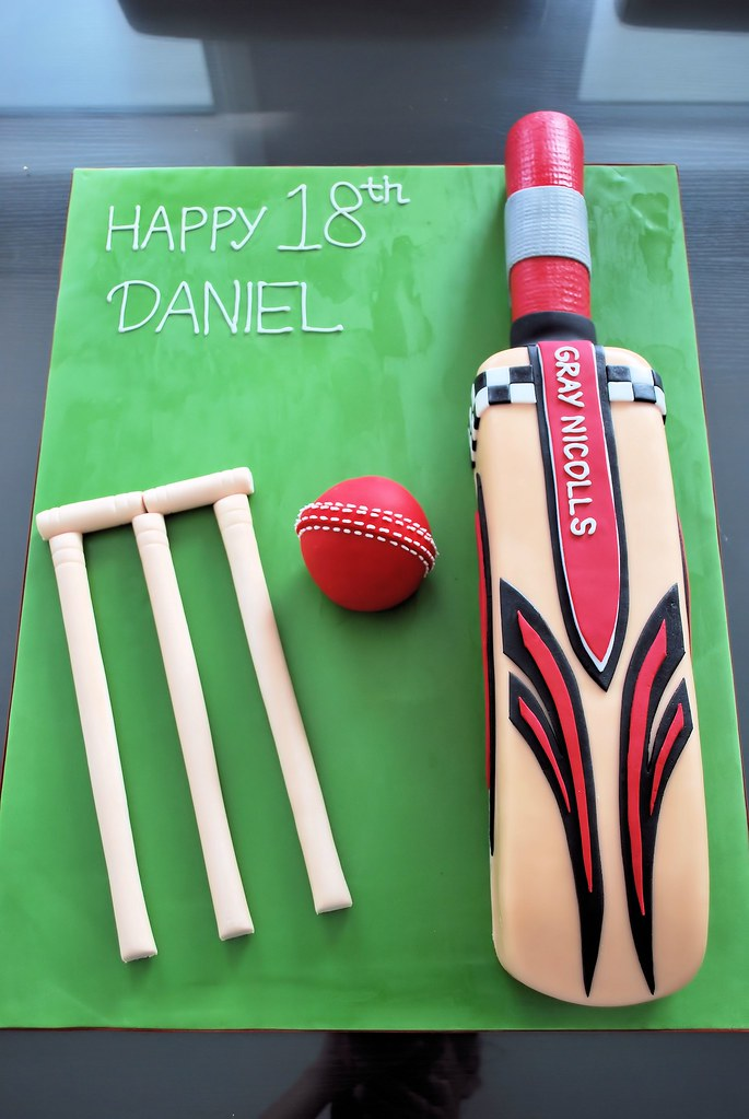 Pictures Of Cricket Bat Cakes