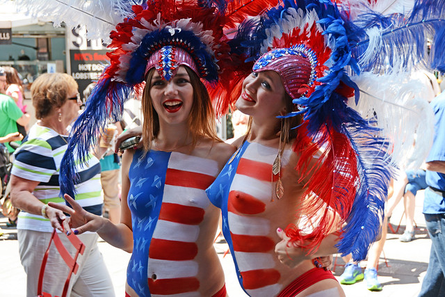 Women In Times Square In Nyc Wearing Only Body Paint -8581
