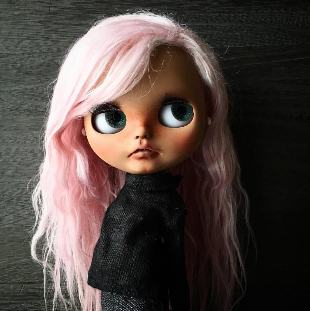 She is cute! #blythedoll #customblythe #ooakblythedoll #do ...