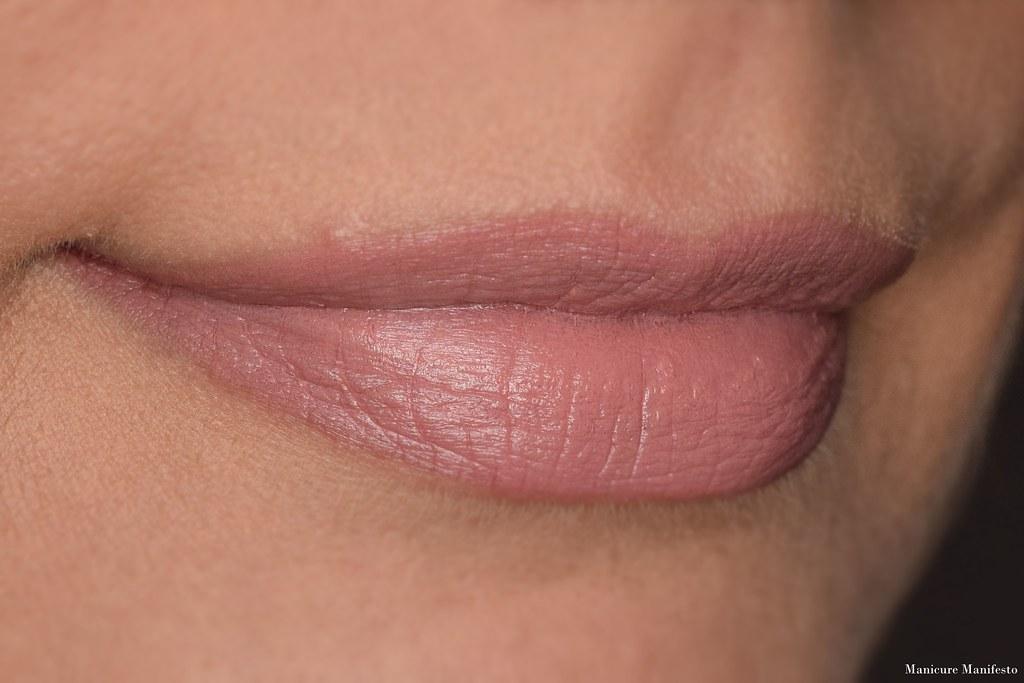 Howl Cosmetics Coeur lipstick swatch