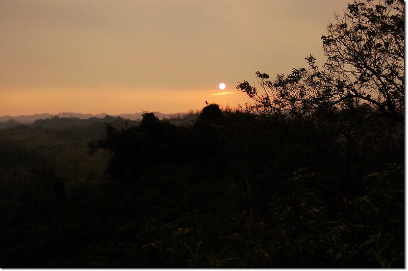 心子寮山山頂夕陽