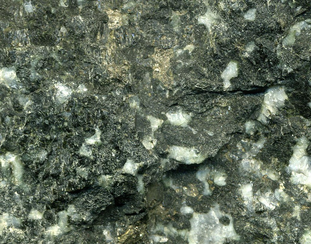 sulfidic metatroctolite platinumpalladium ore johnsma