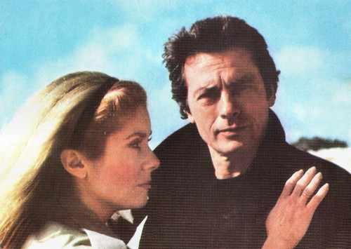 Catherine Deneuve and Alain Delon in Le choc (1982)