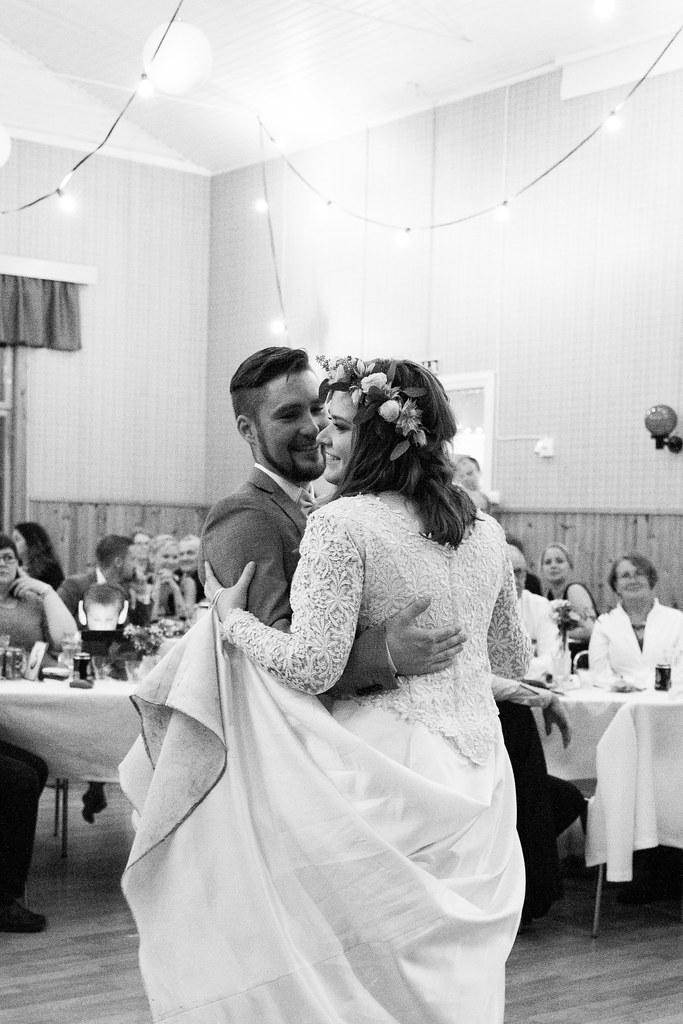 äktenskap inte dating ost hela albumet nedladdning