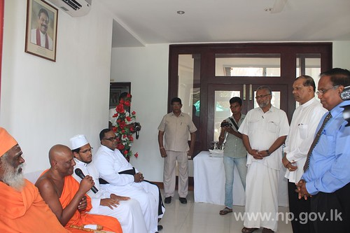 Tamil & Sinhala New Year celebrated at Governor's Secretariat – 16 April 2014