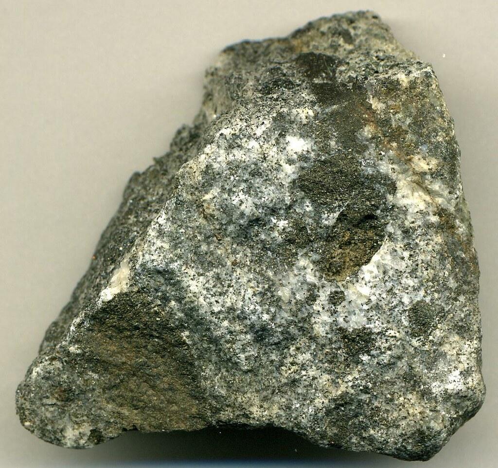 ijolite oka carbonatite complex early cretaceous 12412