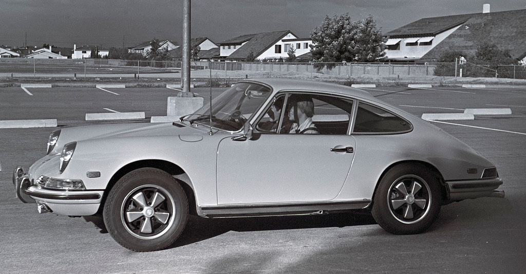 Porsche 911t Owned By A Student At Los Alamitos High Schoo