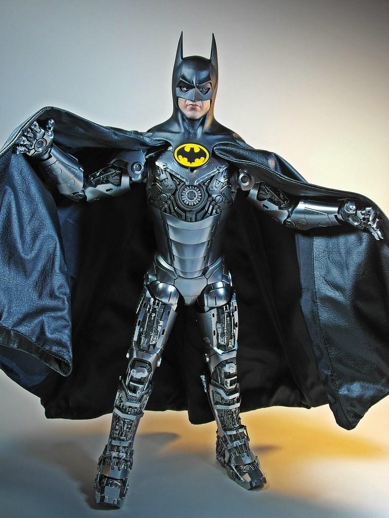 Hot Toys  Dx09  1989 Batman  Im Ironbat  I Can Move B -1119