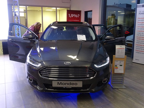 Modern car dealership joy studio design gallery best for Affordable motors winston salem nc reviews
