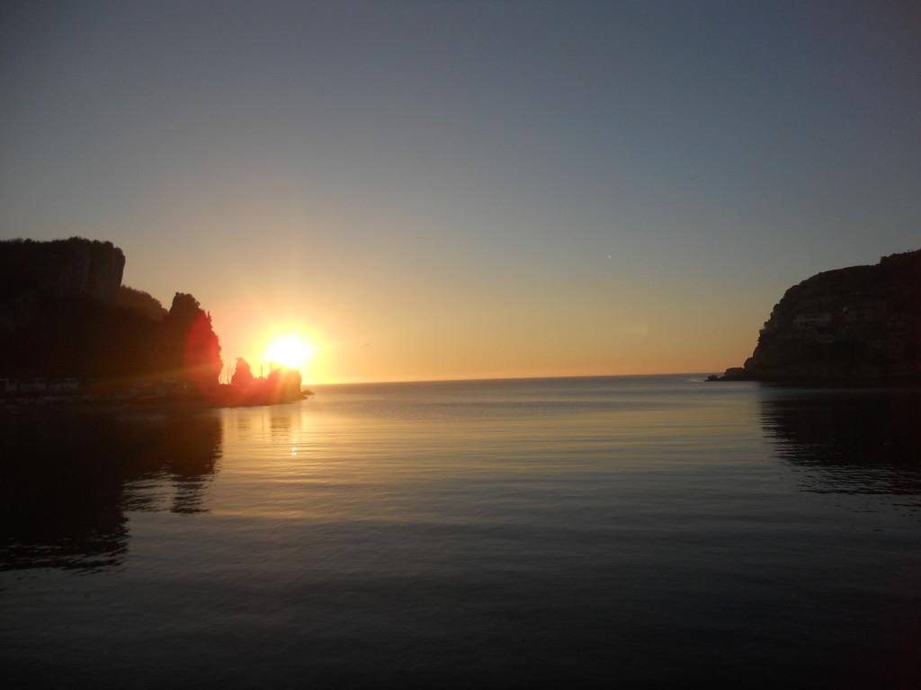 夕陽西沉的黑海