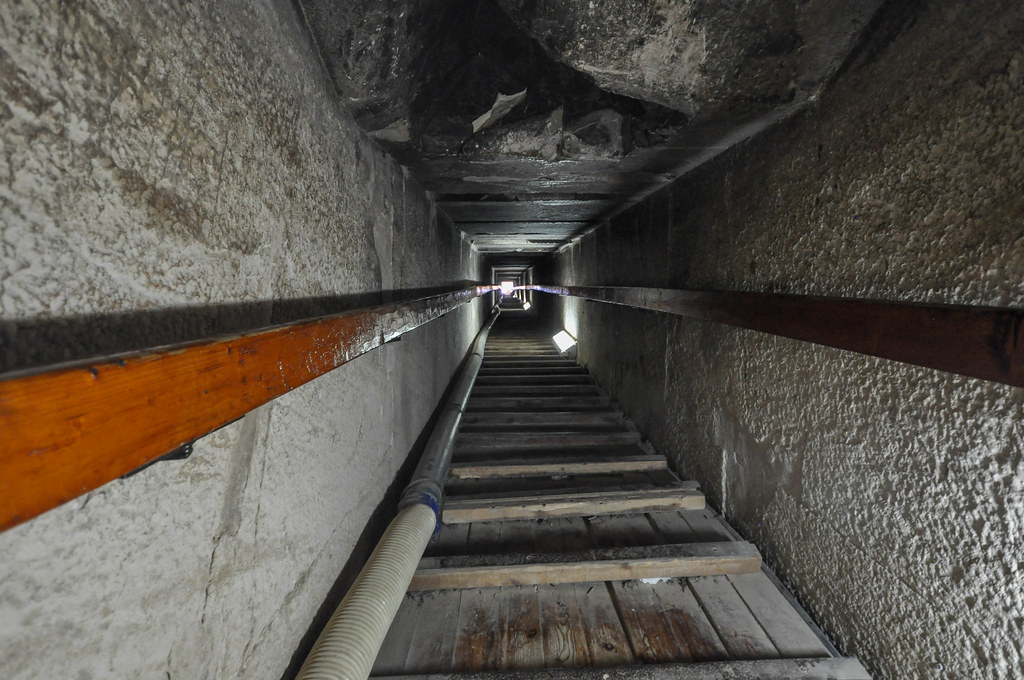 Inside The Red Pyramid The 61m Long Passage Leading To