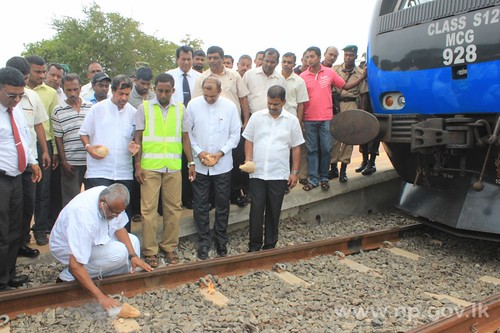 Train Service to Jaffna: Test Run from Palai to Jaffna held – 22 September 2014