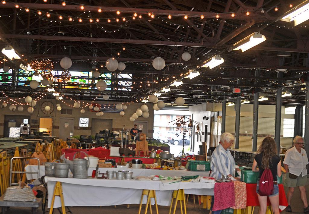 Royal Oak Farmers Market Food Truck Rally