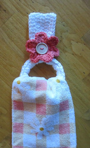Crochet Patterns For Kitchen Towel Holders : Recycling Plastic Rings for Towel Holders My Recycled ...