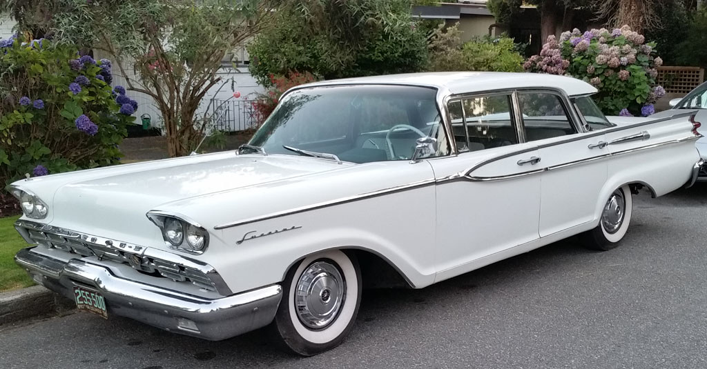 1959 Monarch Ii Lucerne Canadian Made 4 Door Sedan