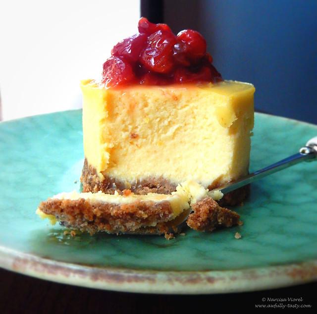 Cheesecake cu ricotta si cirese